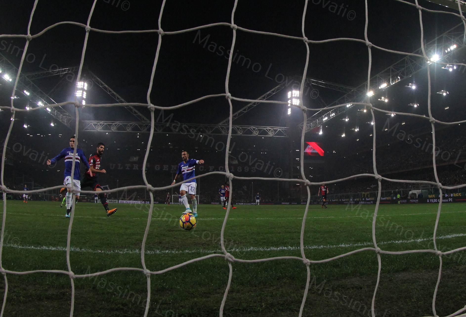 04/11/2017 Genova, Campionato di Calcio Serie A, Genoa - Sampdoria, nella foto Quagliarella tira in rete e fa goal
