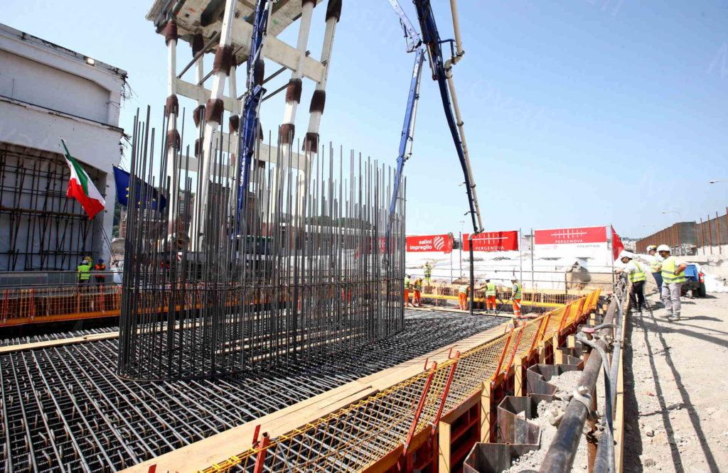 25/06/2019, Genova, Cerimonia per prima gettata di cemento per basamento della pila 9 del nuovo ponte alla presenza del Ministro Toninelli