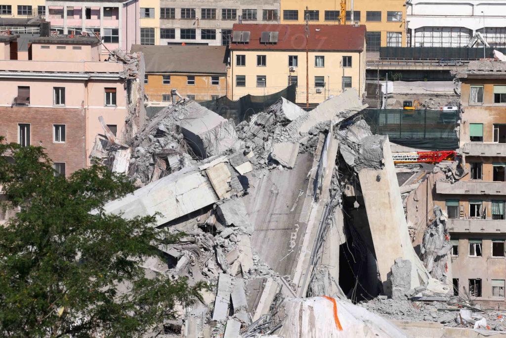 01/07/2019, Genova, Macerie delle Pile 10-11 del Ponte Morandi da Belvedere