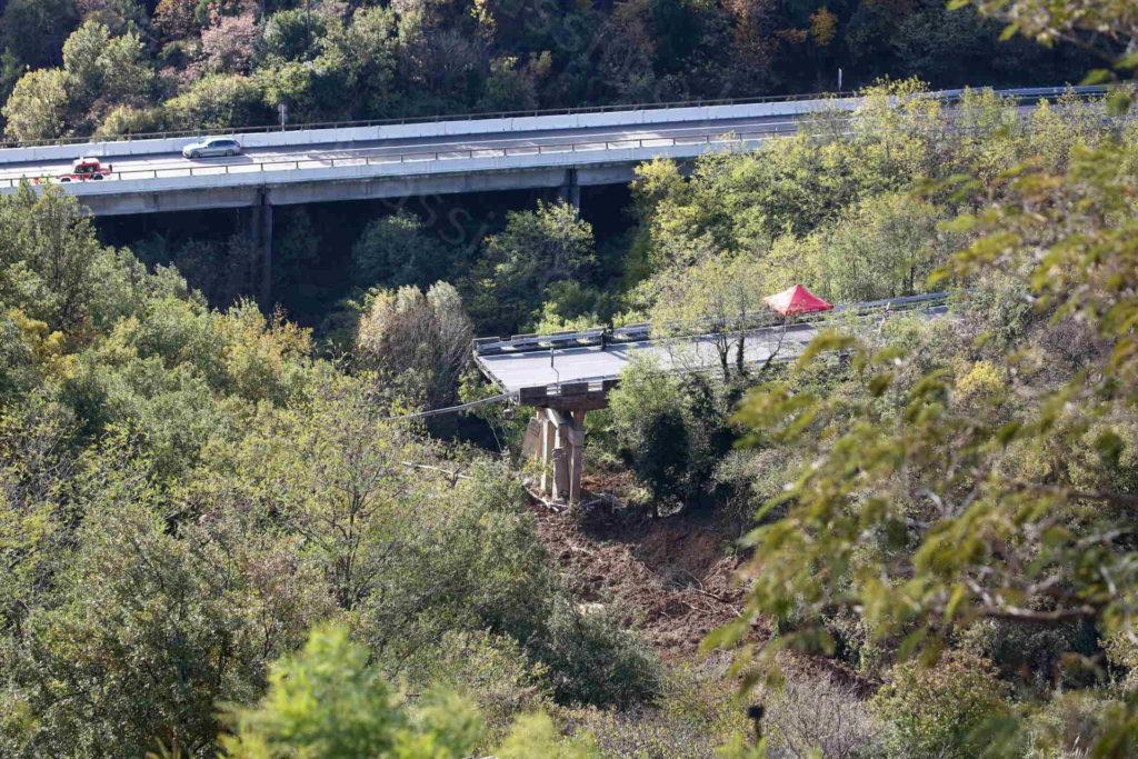 24/11/2019 Savona, Crollo di 30m. del Viadotto Madonna del Monte sulla A6 per Torino