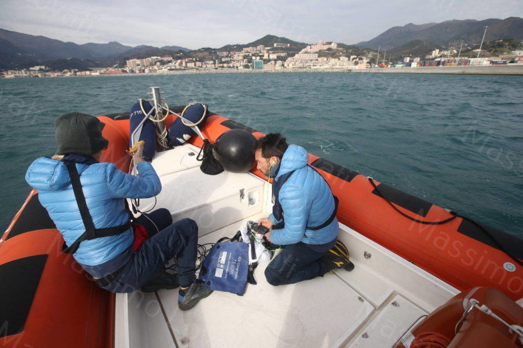 11/12/2019,Genova, Orche nel Porto di Pra-Voltri e controllo suoni con idrofoni