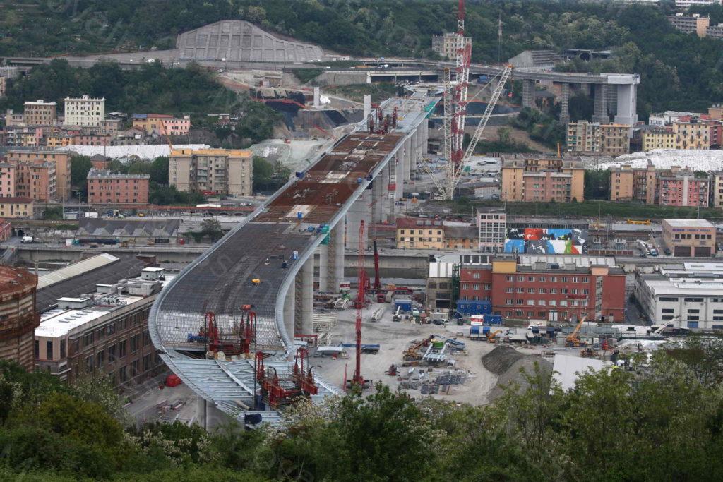 27/04/2020, Campata P11-P12 salita in quota, Nuovo Ponte di Genova ultimato: 1067 metri