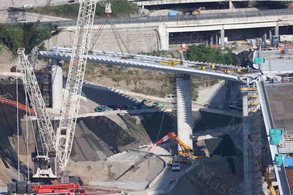 21/05/2020, Genova, Varo della seconda parte della rampa di Levante del nuovo ponte di Genova, raccordo con A7