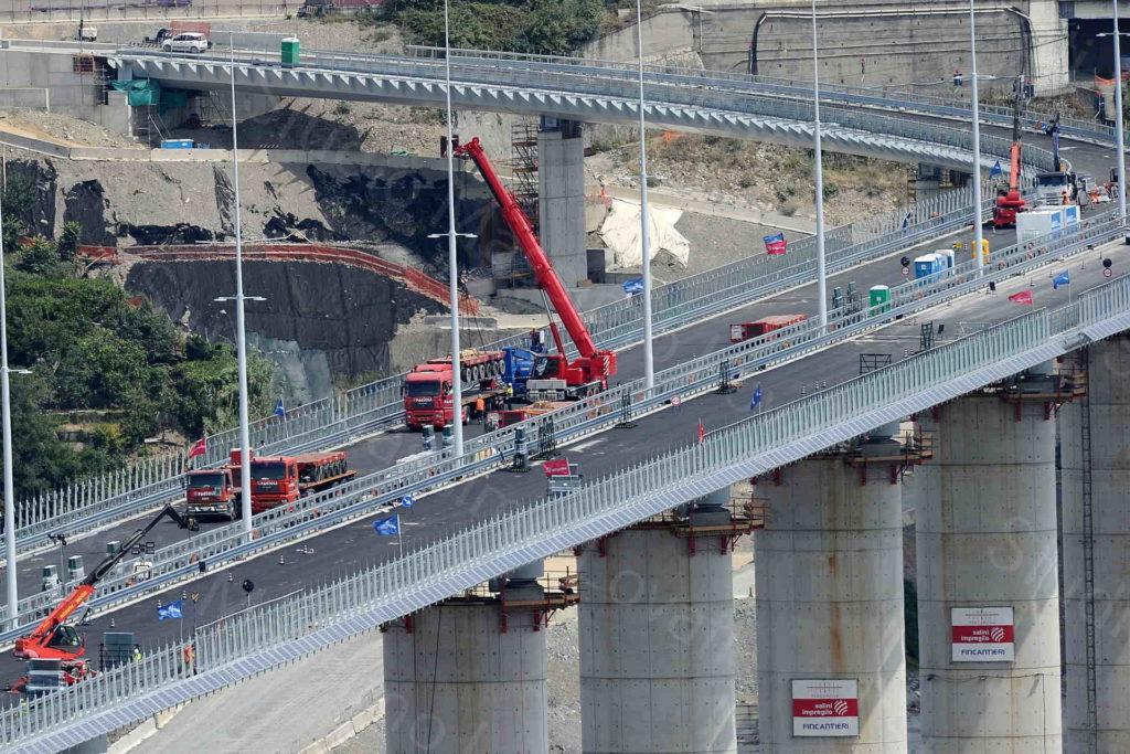 22/07/2020, Lavorazioni in corso sul ponte sul Polcevera denominato Genova San Giorgio