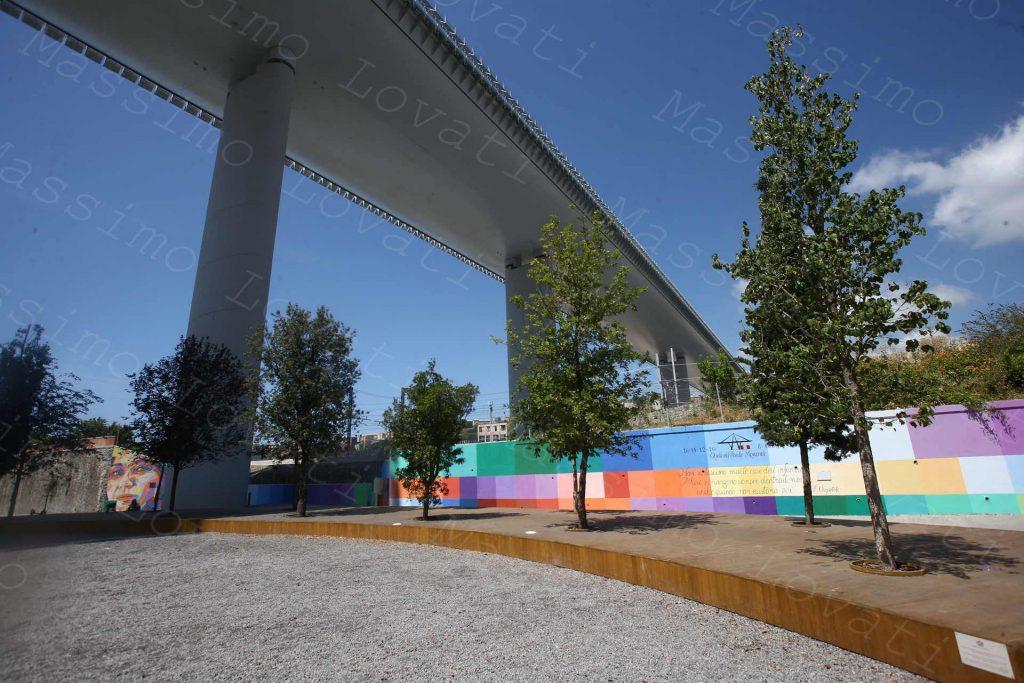 """01/07/2021, Genova, Murale"""" Gaelle 00: 00,02″, nella Radura della Memoria e Gruppo Fit Camp Genova"""