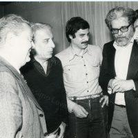 1976 Operatore culturale presso Decentramento Culturale di Genova, e il critico Manciotti, Ivo Chiesa Direttore del Teatro Stabile di Genova con il regista  Squarzina e il giornalista Vittorio Sirianini
