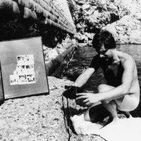 """1981, Performance """"Auto manifestazione e auto identificazione corporea"""", con l'uso della Polaroid"""