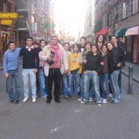 2007 Genova, con gli allievi del corso extracurricolare di fotografia del liceo Cassini