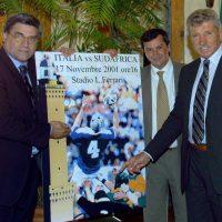 2001 Genova, presentazione manifesto per Italia vs Sud Africa di Rugby con Bollesan Marco