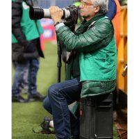 2015 Genova con Canon 100/400mm seduto su Trolley Plaber